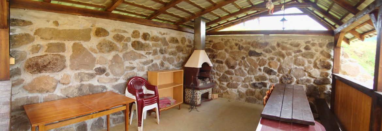 Oddych a Relax – Príjemné posedenie v altánku pri chate